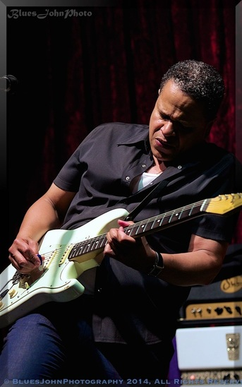 Eddie Martinez with a Stratocaster guitar.